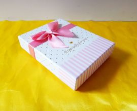 深圳包装设计制作厂家定制南昌太原郑州生日礼品包装盒喜庆包装盒