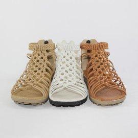 夏季**卖的女鞋款式是怎样的,代理商都满意的真皮女鞋厂家