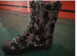 哪里有森林防护靴 防刺穿鞋生产厂家 库存处理森林防护靴 迷彩  靴 护林员鞋生产厂家