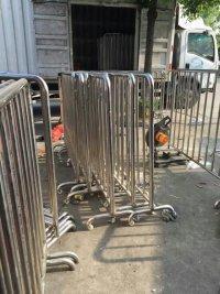 供应铁马不锈钢铁马隔离栏隔离栏杆供应商