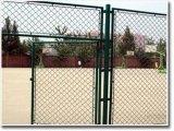 华耐专业生产勾花网体育场护栏网篮球场护栏网学校防护网