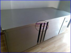 衡水厨房保鲜操作台定做不锈钢冷藏工作台