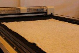 服装面料裁剪自动送料激光切割裁床