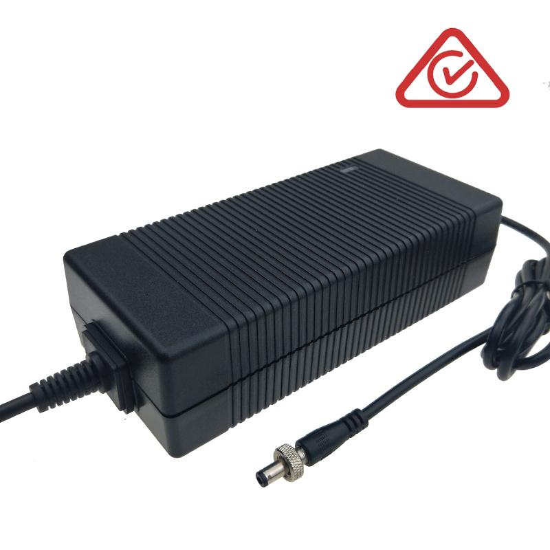 36V6A 6级能效 36V6A电源适配器