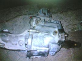现代索兰托汽车发动机压缩机发电机拆车件