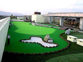 人工草坪迷你高尔夫