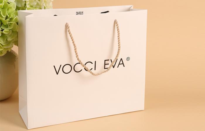服装纸袋手提袋 定制白卡纸服装纸袋 服装包装袋