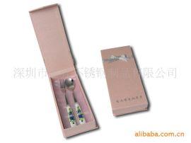 深圳厂价直销陶瓷勺叉两件套 可定制韩式餐具