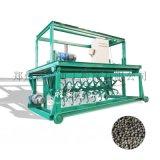 有机肥槽式翻堆机和行走式翻堆机的区别与优劣势