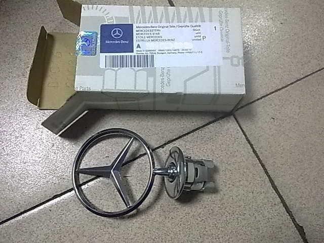 奔驰221机盖标奔驰原厂拆车配件