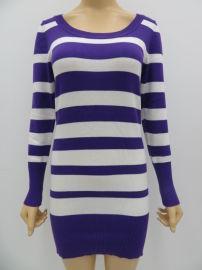 热销女士条纹长款毛衣,女士修身长款毛衣
