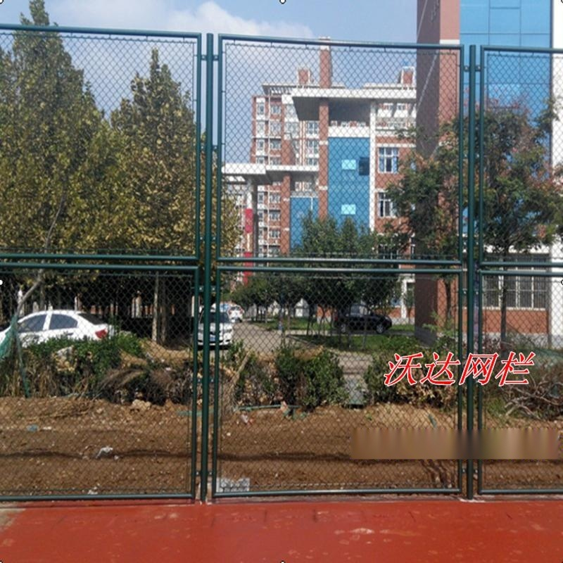 篮球场组合式围网 球场护栏网球场护栏网体育场铁丝网