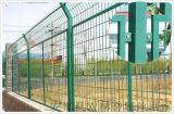 山東菏澤綠色鐵絲圍牆網廠家