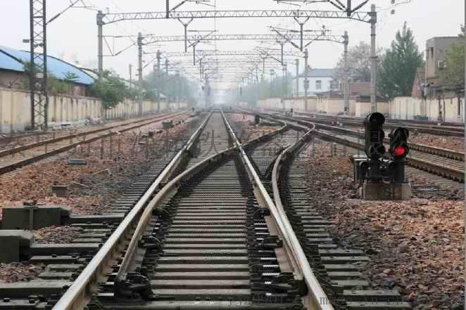 铁路单开道岔