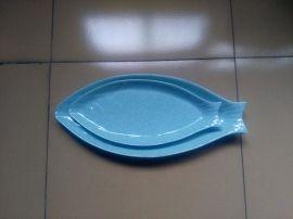 厂家直销15寸密胺脂美耐皿仿瓷裂纹鱼形餐盘