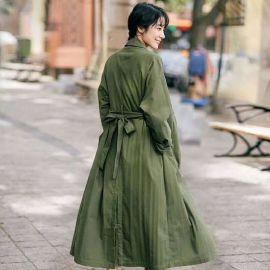 北京品牌女装折扣店Ins风衣特价货源尾货剪标