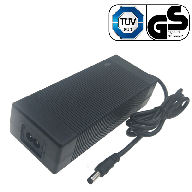 36V5A 6级能效 36V5A电源适配器
