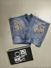 广州伊曼服饰品牌折扣女装库存,时尚牛仔短裤