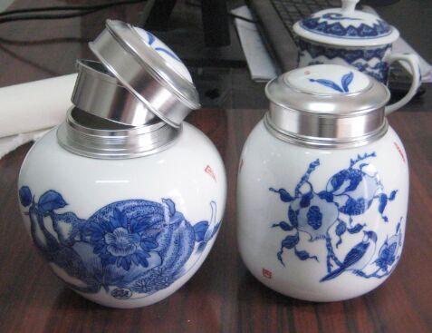 青花人物陶瓷盖罐找景德镇生产陶瓷罐子厂家