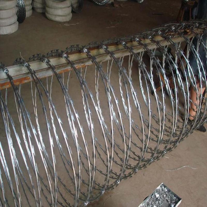 国标刺丝滚笼 厂家供应 刀刺滚笼 热镀锌支架刺丝滚笼
