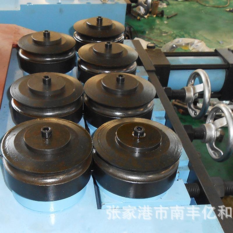 半自動液壓卷彎機、滾圓機機械行業設備