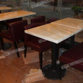 白色大理石餐桌