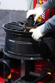 波力碳纤维汽车轮毂 厂家直销
