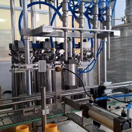 一万瓶 高品质直线型柱塞灌装机 多功能柱塞式灌装机