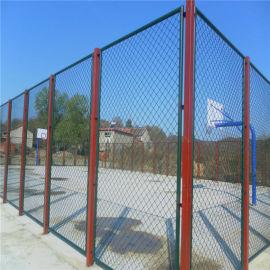 篮球场喷塑勾花护栏网 篮球体育场围栏网