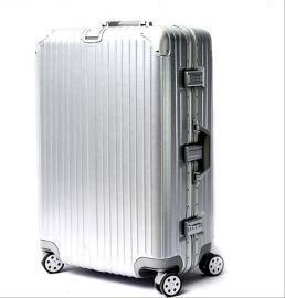 方振箱包供应拉杆箱,登机箱,航空拉杆箱,旅行箱,欢迎订购