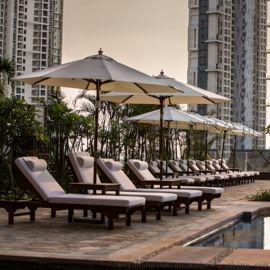酒店泳池休闲户外躺椅