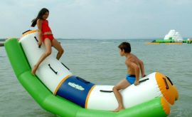 水上乐园专用漂浮物,量大从优欢迎采购