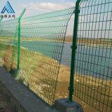 绿色铁丝围栏/圈地铁丝护栏网