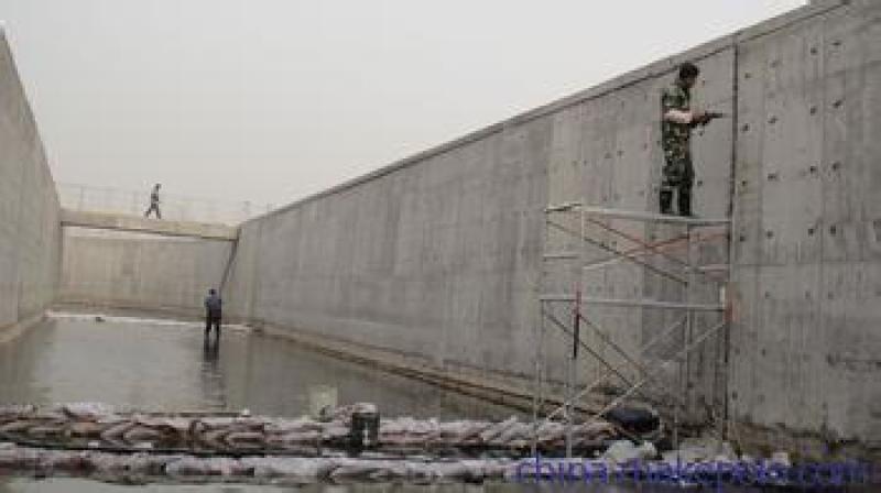 青島市電梯間施工縫防滲水化學灌漿