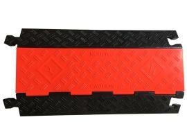 厂家生产高品质pvc三线槽橡胶减速带
