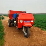 吉林玉米地柴油撒肥車 揚糞車 多功能柴油撒肥車
