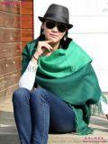 时尚女装品牌库存尾货折扣充足货源,美丽大方双色羊绒围巾