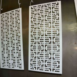 复古木纹中式铝窗花艺术雕花铝合金广东铝窗花厂家做制