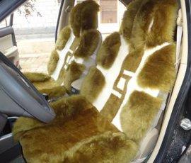 冬季汽车羊毛坐垫