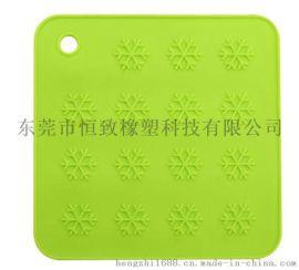 硅胶雪花餐桌垫 四方形防滑防烫硅胶餐垫耐高温硅胶垫