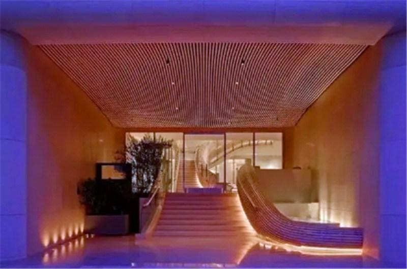 牆體木紋造型鋁方通 港式茶餐廳造型鋁方通