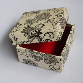 无印刷纸盒服装纸盒,产品包装盒,饰品包装礼品盒,手机壳包装盒