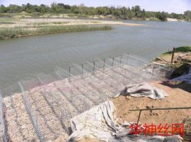 河堤护岸宾格石笼 防洪防水石笼网箱 安平石笼网生产厂家