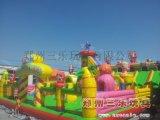 新款豬豬俠充氣大滑梯,新疆內蒙古經營兒童大型蹦蹦牀生意超級好