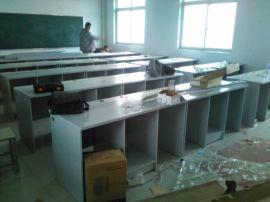 郑州学校机房电脑桌厂家,学生微机房电脑桌定做