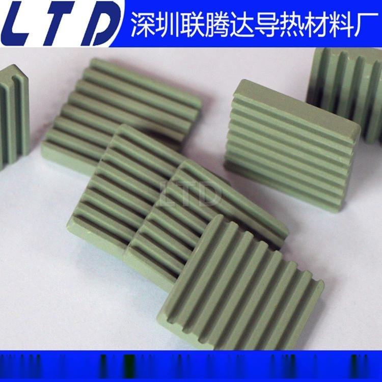 氧化铝陶瓷片 耐磨陶瓷片 电源陶瓷散热片