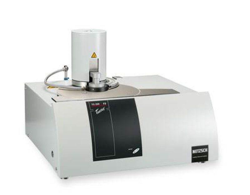 塑膠跑道面層材料熱重分析儀