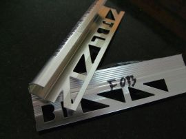 铝合金阳角线(F013)