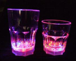 供应LED发光杯,啤酒杯,酒吧杯