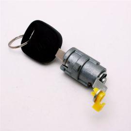 厂家专业定制供应电动三轮车门锁锌合金材质通用锁具